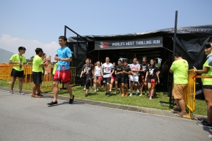 Survivors all pysched to run for their lives and conquer the 5km obstacle thrill run